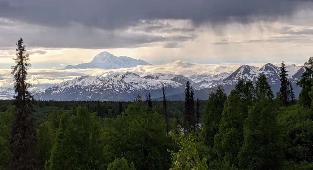 The Ultimate Alaska Road Trip Itinerary: the George Parks Highway
